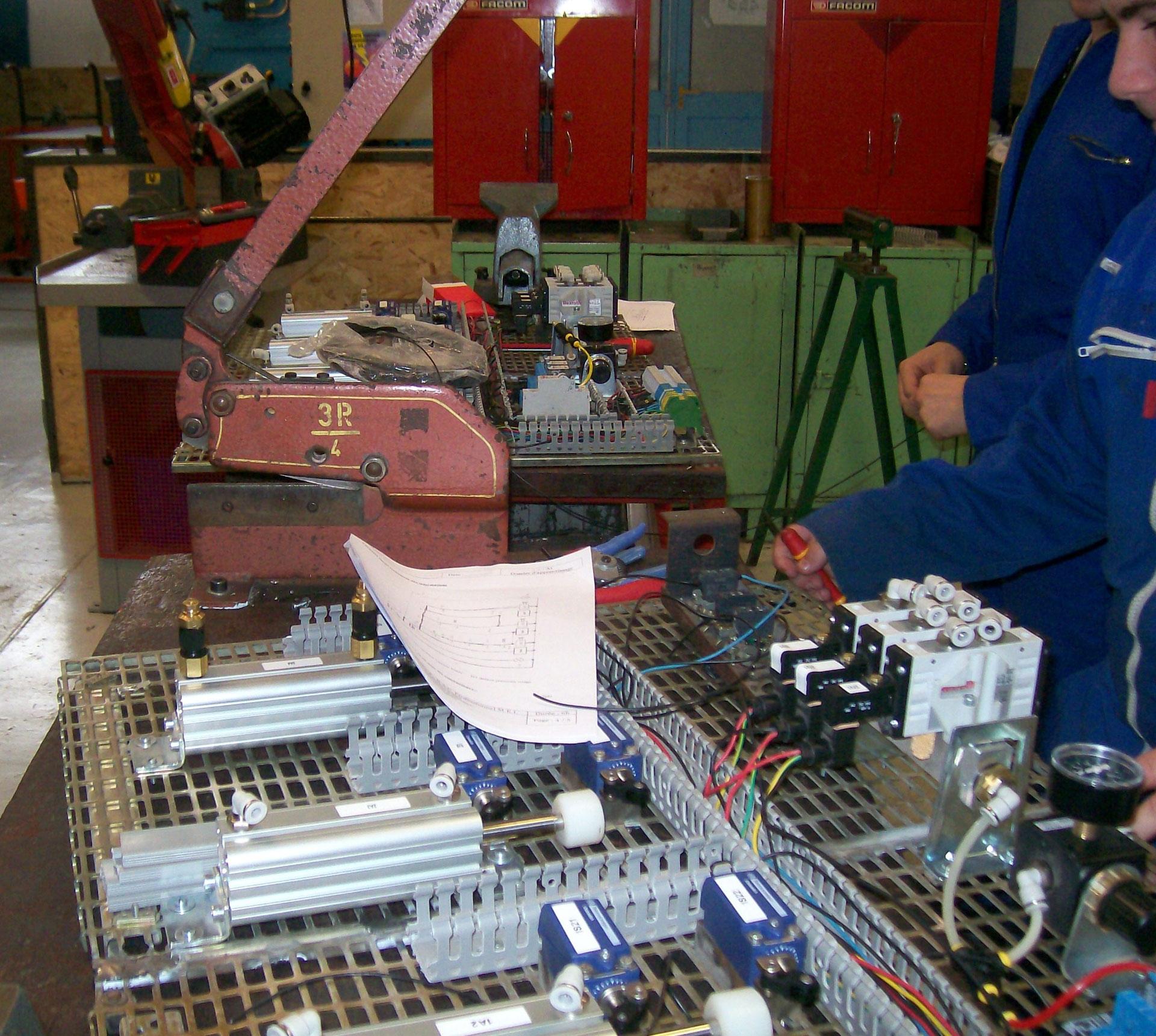 bac pro  maintenance des  u00c9quipements industriels
